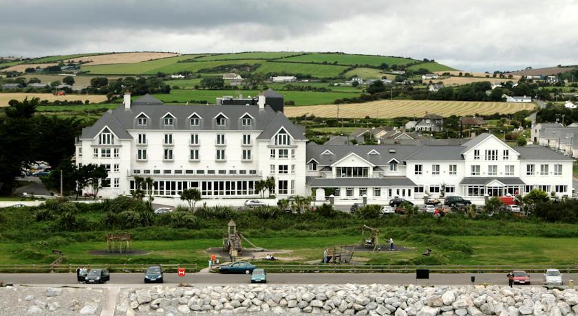08/04/16 – Garryvoe Hotel – Castlemartyr, Co. Cork – Ian Date Duo
